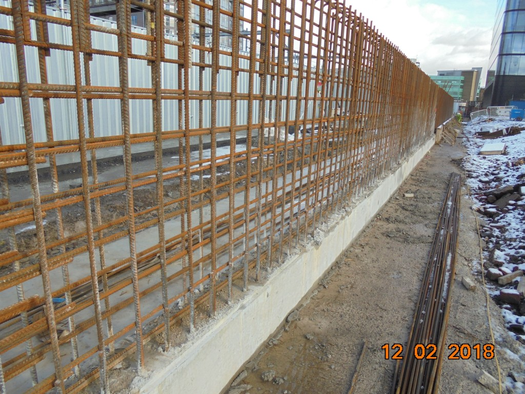 23. 12.02.2018 Parapet Wall pre pour (8)