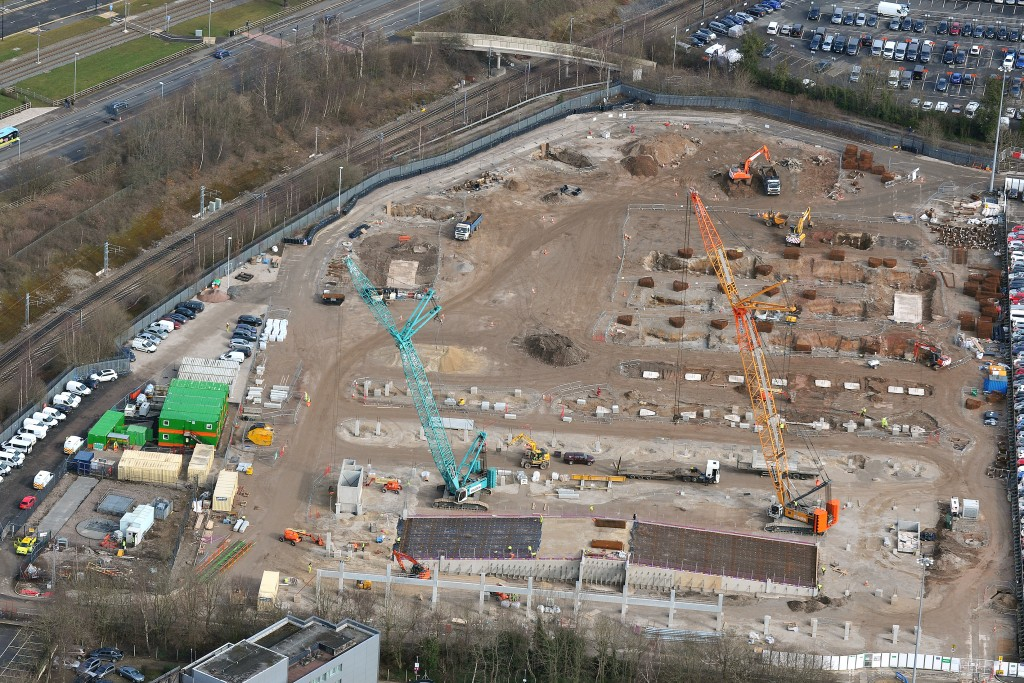 Manchester airport meet greet car park murraywood construction proof digging slit trenches across site to prove all unknown services m4hsunfo